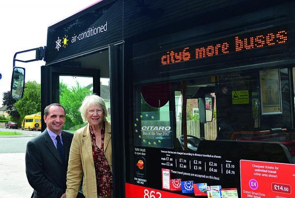 Phil Southall, of Oxford Bus Company, and councillor Jean Fooks at the Wolvercote terminus