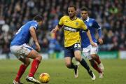 Signings like Kemar Roofe have helped to push Oxford United's season ticket sales past the 1,000 mark
