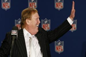 Raiders' move from Oakland to Las Vegas approved by NFL's owners