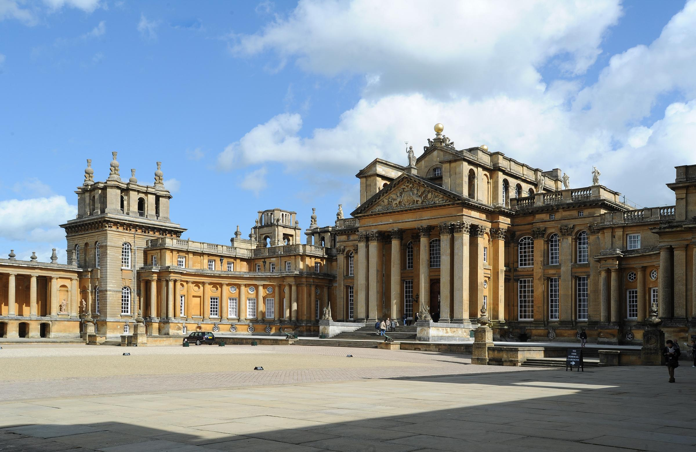 PIC BY JON LEWIS..09.05.14. Blenheim Palace, Woodstock.Catchline: Blenheim painting prizes.Priority: Pic.For: MO.Blenheim Palace Annual Heritage Awards..The Duke of Marlborough presented prizes to award winners..Blenheim Palace, Woodstock GV scenesetter s