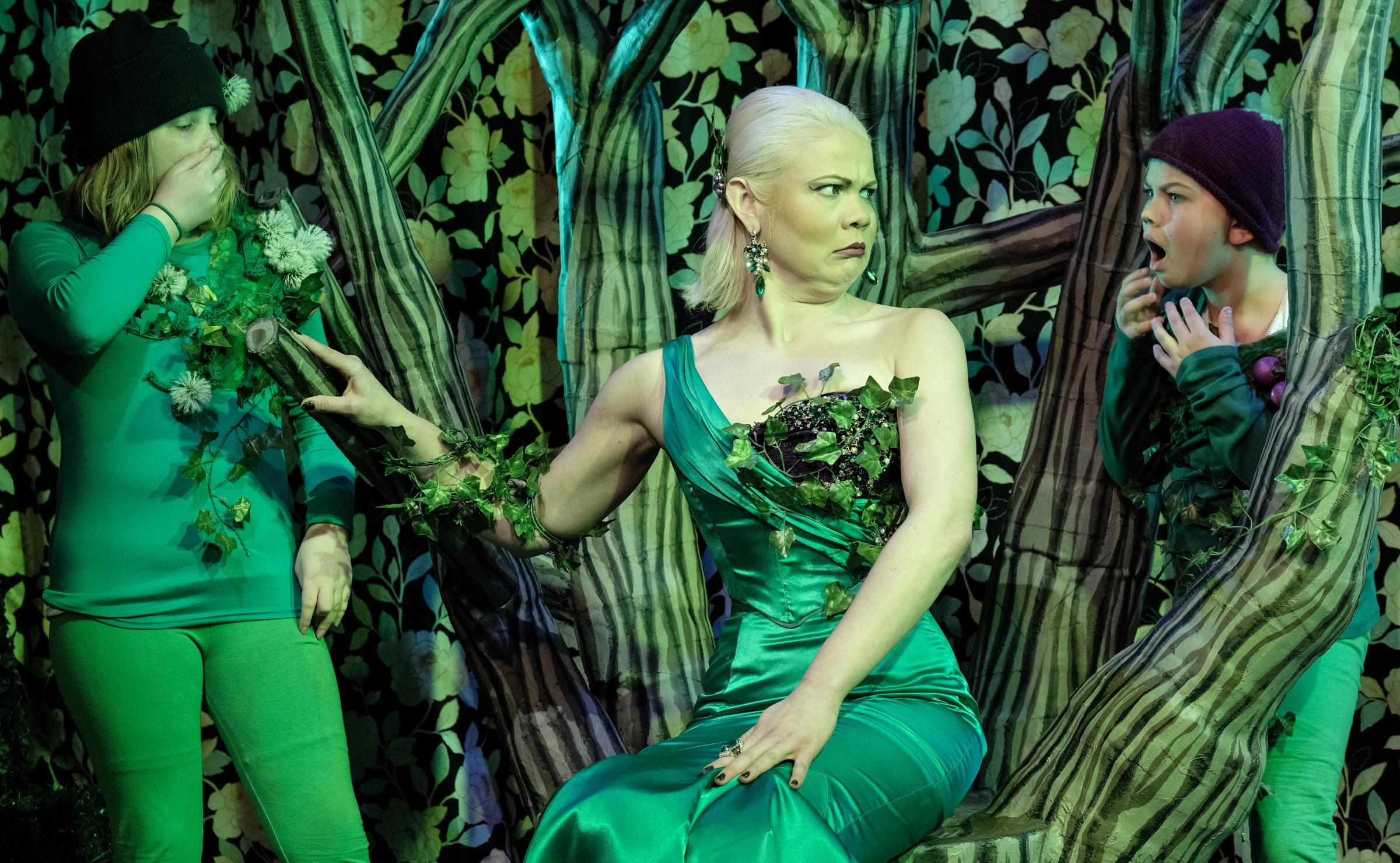 Erica Guyatt rather stole the show as the deliciously evil yet seductive baddie Belladonna Bindweed.