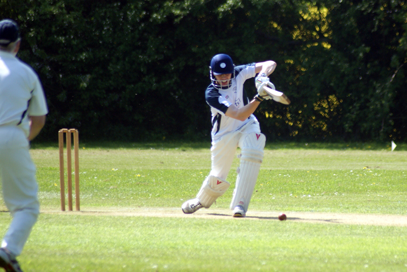 FORWARD: Stonesfield 2nd's Stewart Moss drives in his side's win over Deddington 2nd