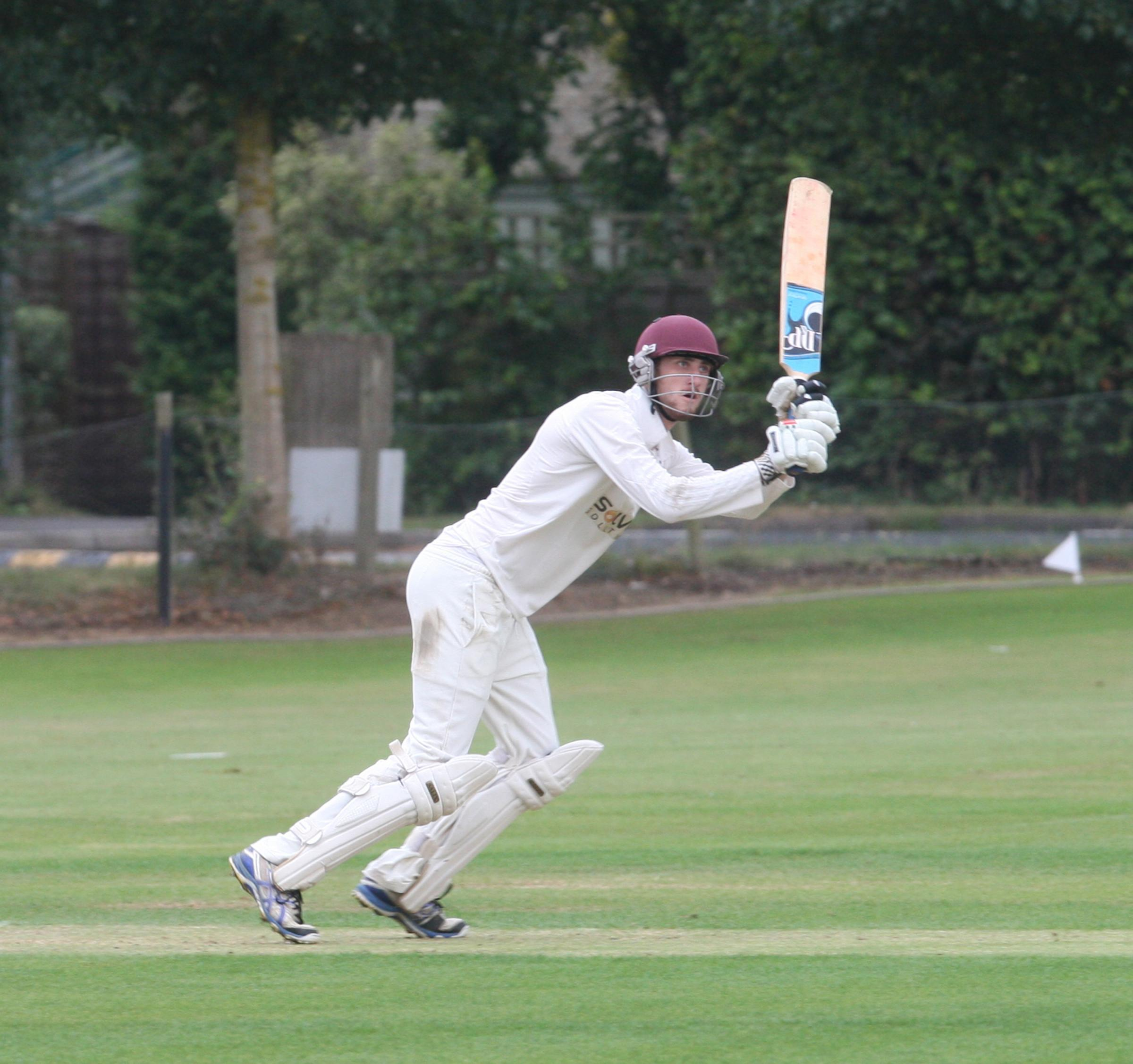 Picture: Steve Wheeler.Catchline: Cricket  Oxford Downs v Abingdon Vale .Date: August 27th 2016.Location:  Abingdon Road standlake .Caption: Downs George Sandbach  batting.