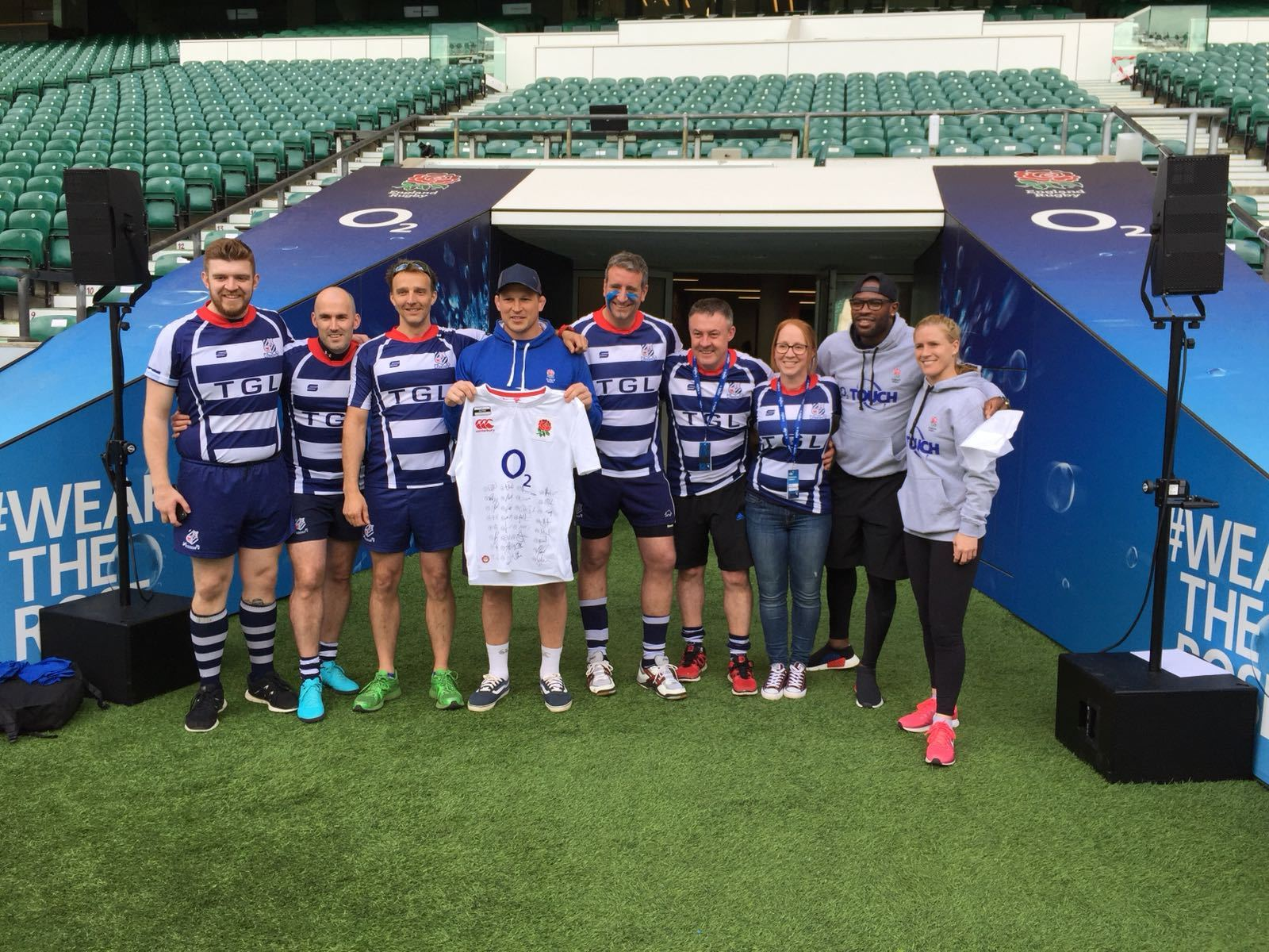 ALL SMILES: Banbury Touch pose with England captain Dylan Hartley, Ugo Monye and Danielle Waterman at Twickenham