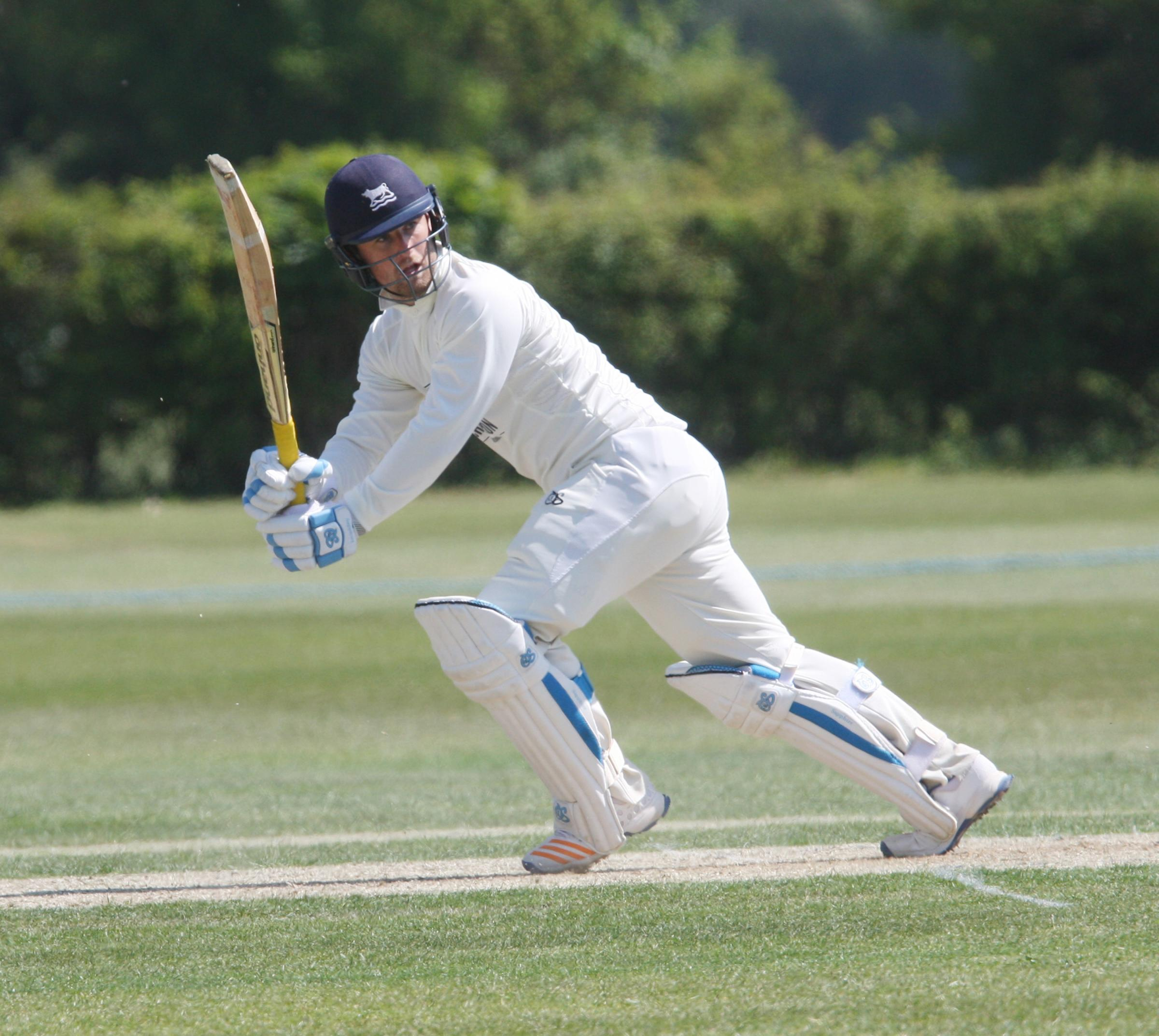 Jonny Cater's 67 in the second innings was in vain as Oxfordshire suffered a nine-wicket defeat at Berkshire