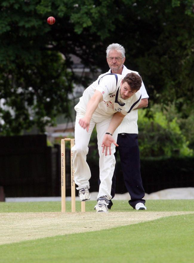 FINE SPELL: Mark Skelton took five wickets as Horspath 2nd defeated Sandford St Martin by 134 runs in Division 2