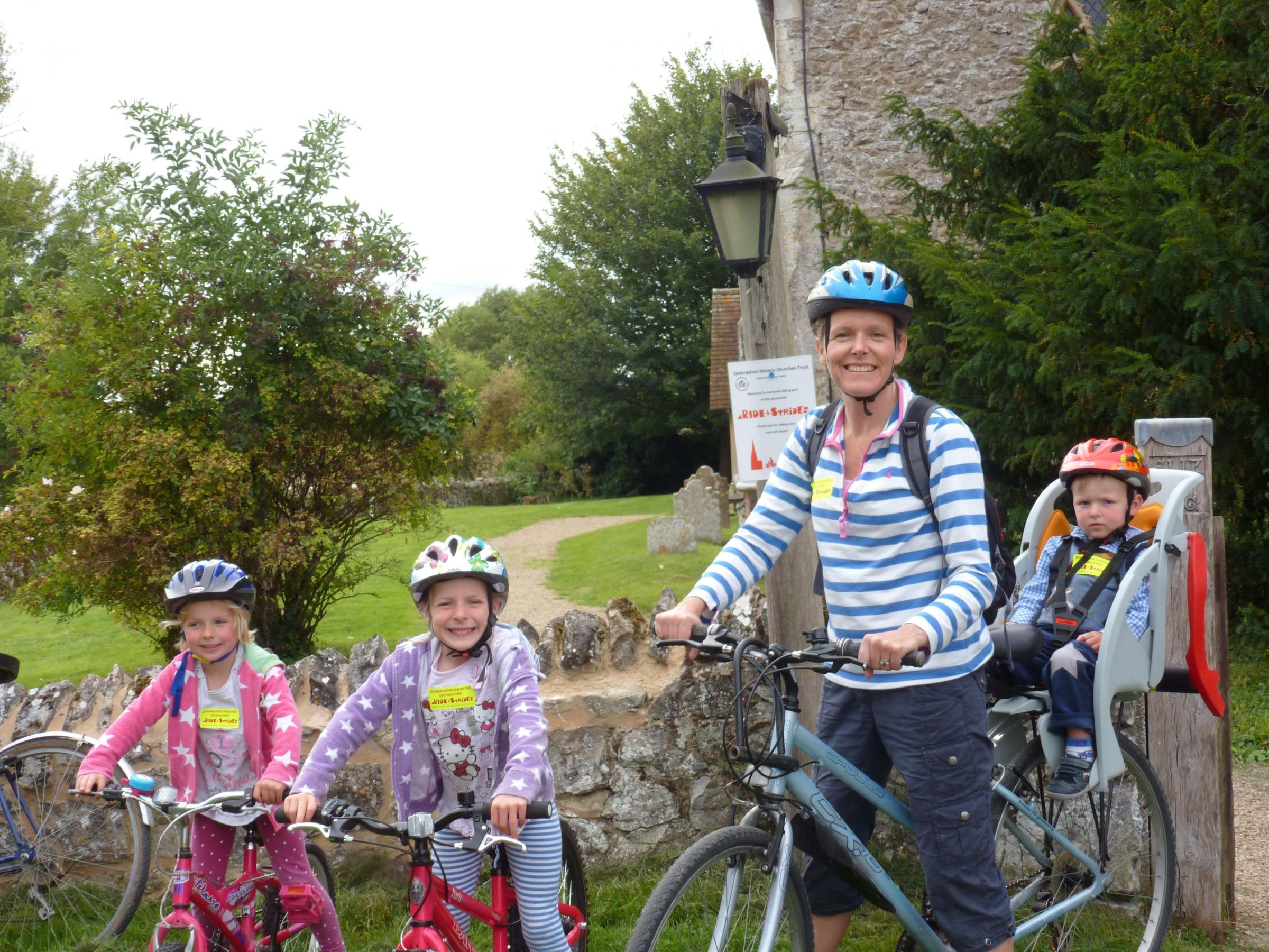 Annabel, Amelia, Joanna and George Gillington taking part in Ride and Stride