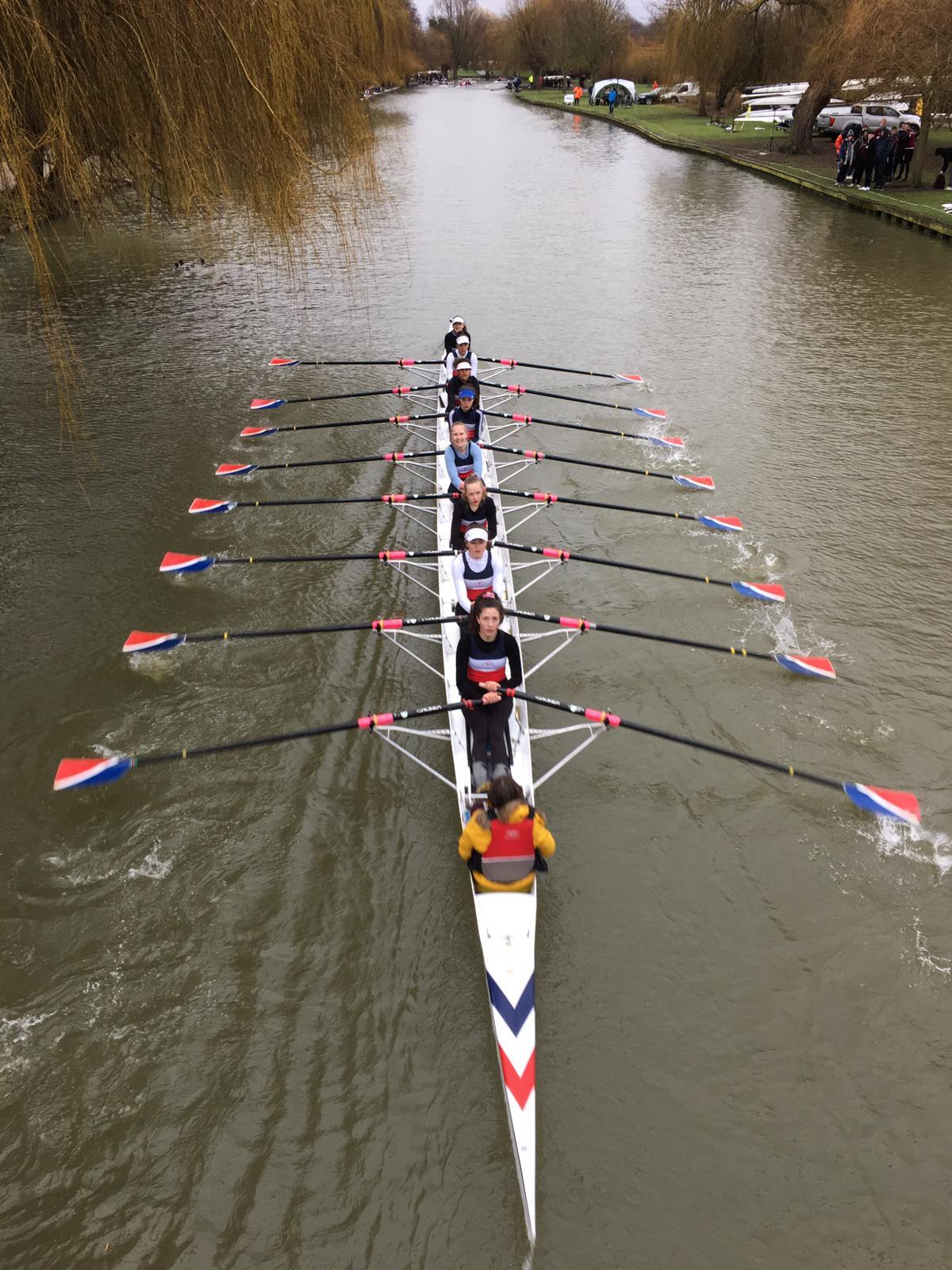 City of Oxford's women's junior 14 octuples at the Bedford Eights and Fours Head
