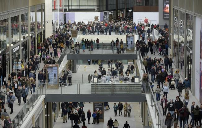 Shoppers at the Westgate Centre Picture Oxford Mail